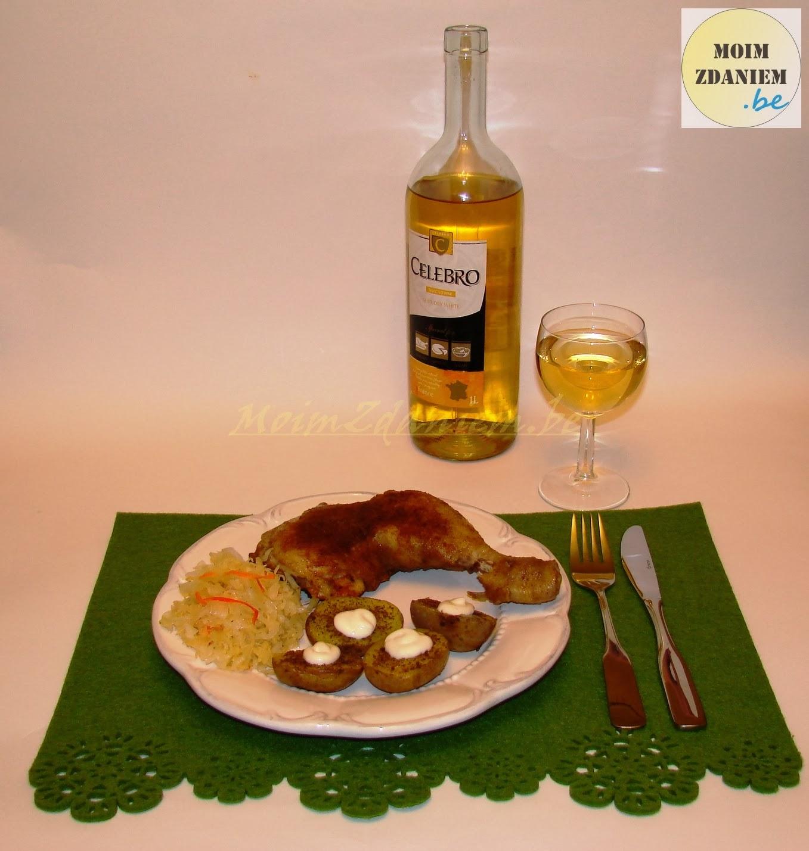 pieczone ziemniaki z pieczonym kurczakiem i winem celebro