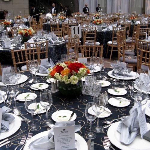 Jak wykonać plan usadzenia gości weselnych?